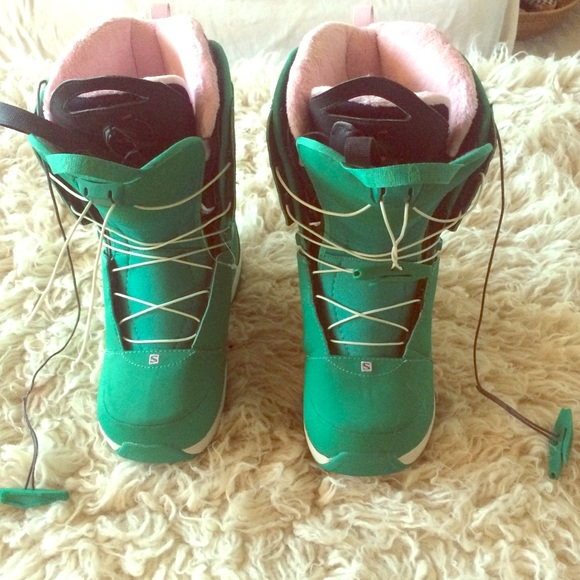 2012 Salomon Ivy women snowboard boots size 7.5